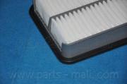 Воздушный фильтр PARTS-MALL PAF-042
