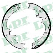 Барабанные тормозные колодки LPR 06010