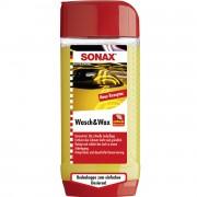 Автошампунь с воском (концентрат) Sonax Wash and Wax 313200 (500мл)