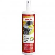Очиститель пластика и резины с глянцевым эффектом (чернитель) Sonax 380041 (300мл)