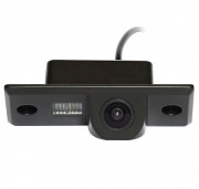 Камера заднего вида Incar VDC-015B для Volkswagen Tiguan, Touareg I, Bora / Skoda Fabia I-II, Yeti / Porsche Cayenne I
