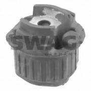 Сайлентблок рычага SWAG 10790027