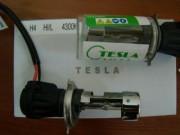 Би-ксеноновая лампа Tesla 35Вт для цоколей H4