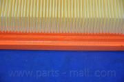 Воздушный фильтр PARTS-MALL PAA-035