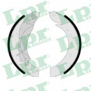 Барабанные тормозные колодки LPR 07420