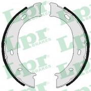 Барабанные тормозные колодки LPR 07960